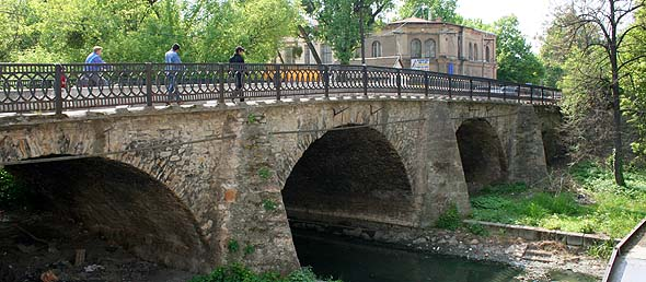 Берегово. Міст XVII століття