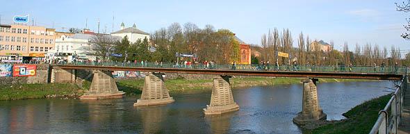 Пішохідний міст через річку Уж, Ужгород