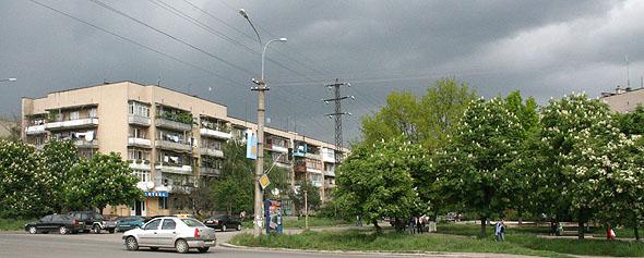 Ужгород. Вулиці Грушевського і 8 Березня